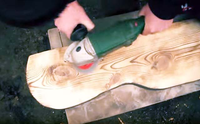 Шлифовка деревянной доски