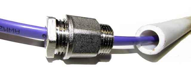 Электропровод в трубе