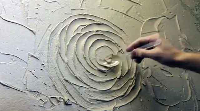 Рисование на штукатурке ложкой
