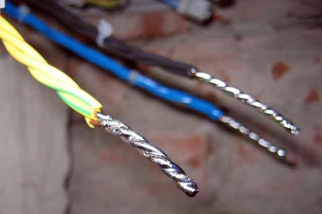 Пропаянные кабельные жилы