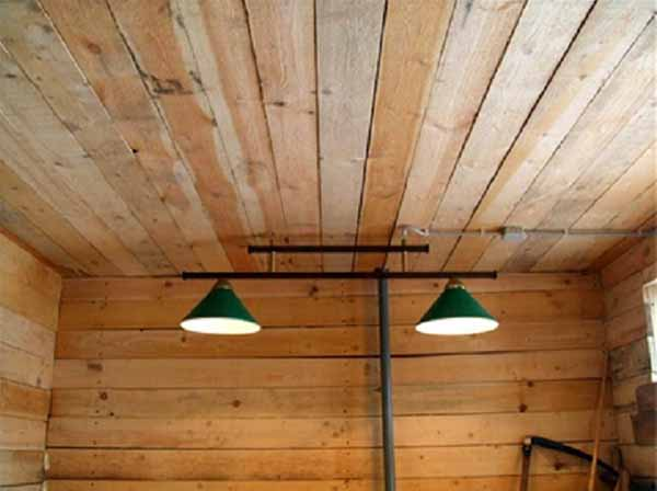 Лампочки в хозблоке