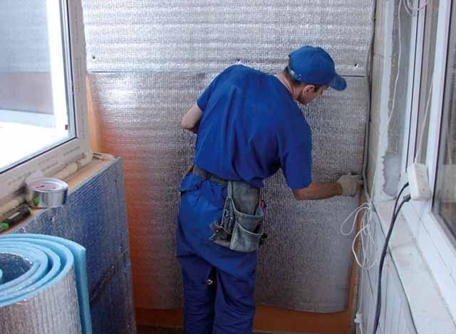 Изоляция балконных стен пенофолом