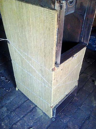Монтаж базальтовой ваты на корпус