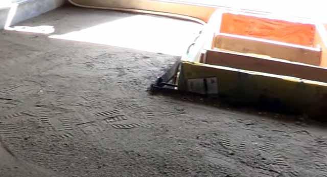 Уплотнение песчаной подушки