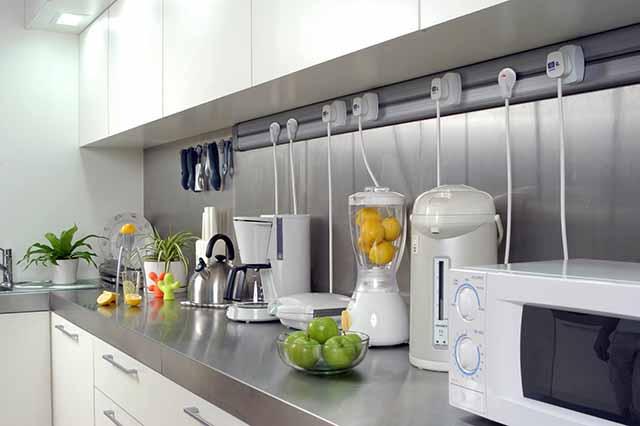 Подключение бытовых приборов на кухне