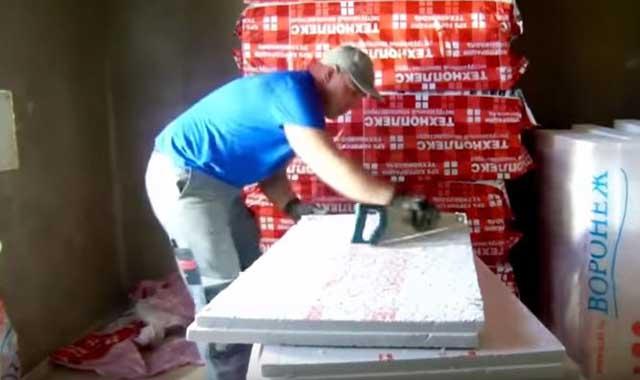 Обработка пенопласта перед наклеиванием