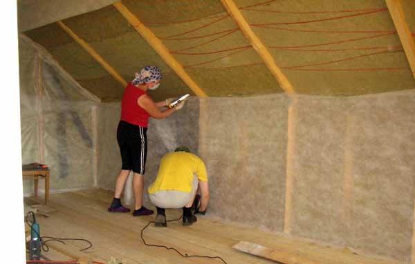 Теплоизоляция крыши минеральной ватой