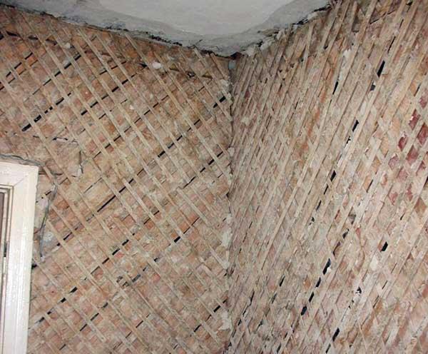 Дранка для оштукатуривания стены из дерева