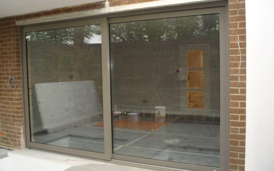Системы для стеклянных раздвижных дверей