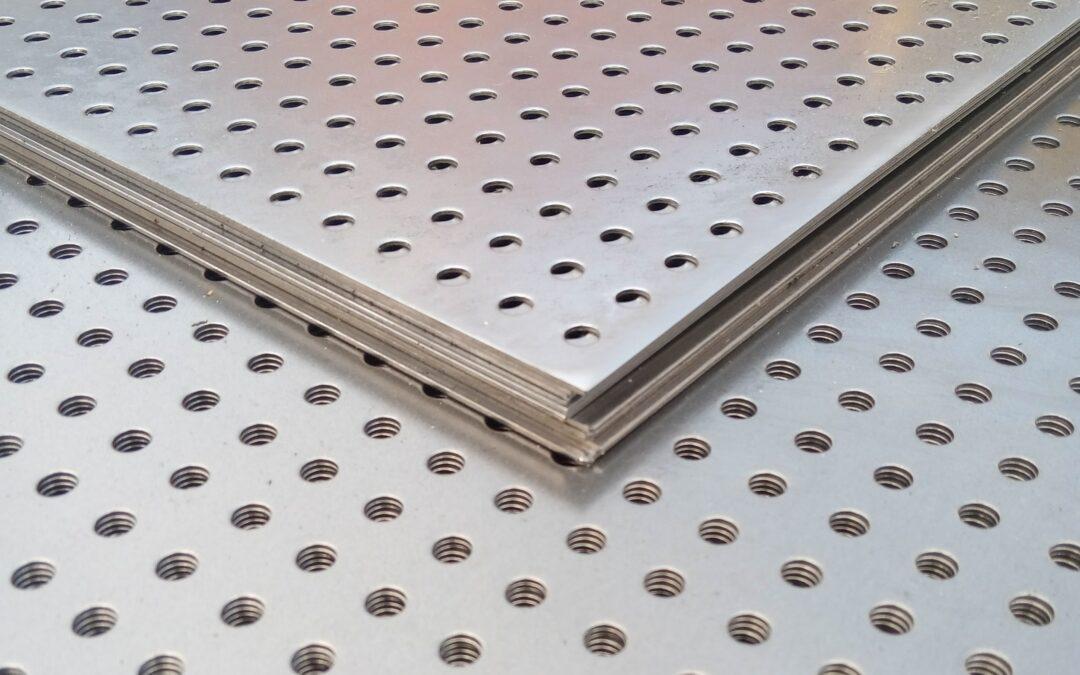 Купить перфорированный стальной лист по лучшей цене