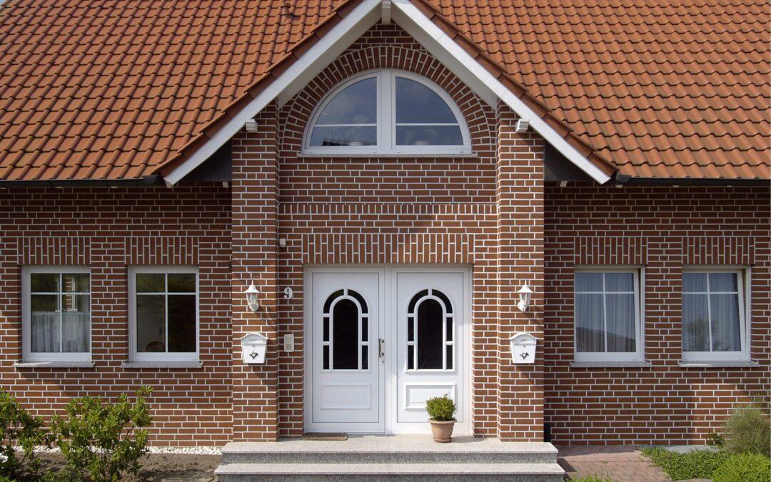 Фасад дома — инвестиции на годы