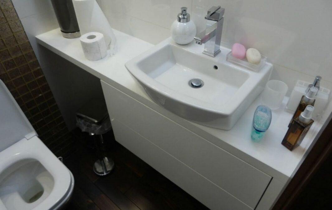 Как выбрать умывальник в маленькую ванную?