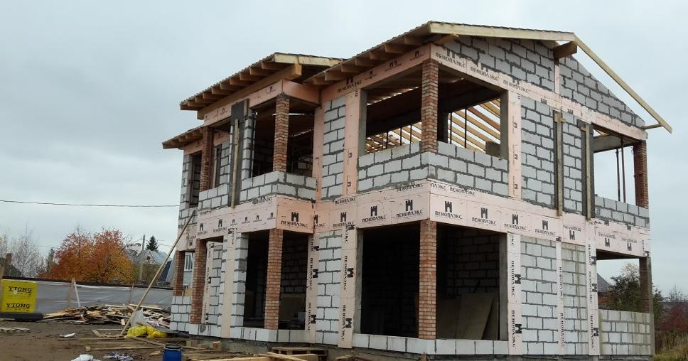 Строительство коттеджей и материалы для них
